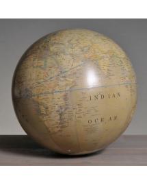 globe terrestre clair moyen